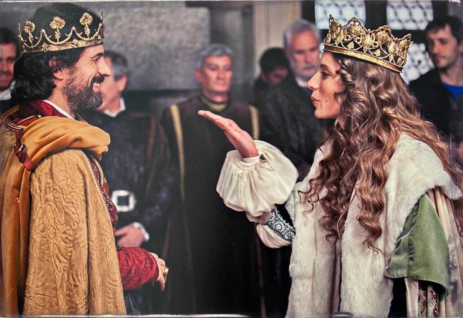 Michelle Jenner con Rodolfo Sancho en la grabación de 'Isabel'