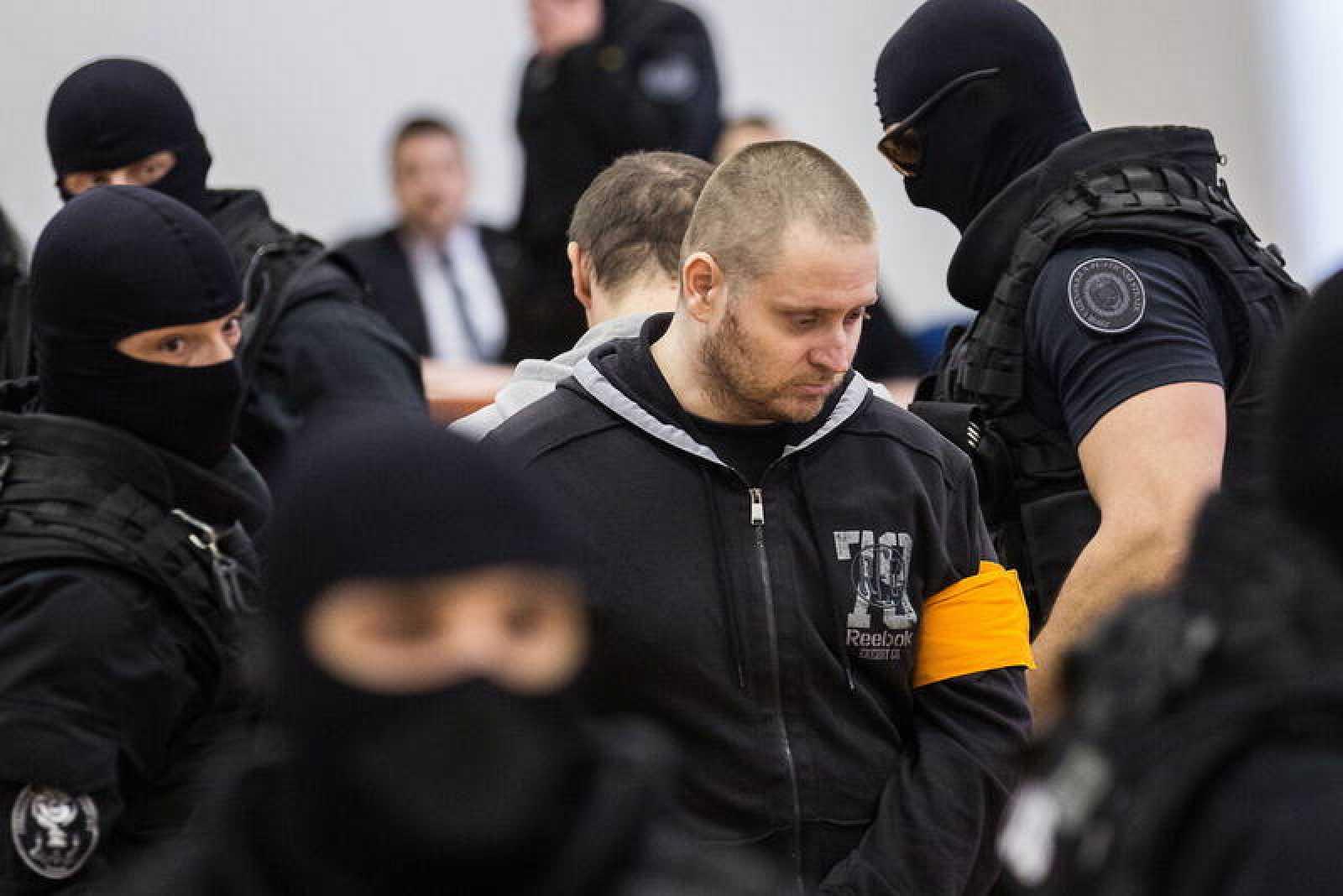 El autor material de doble asesinato es Miroslav Marcek, un antiguo soldado