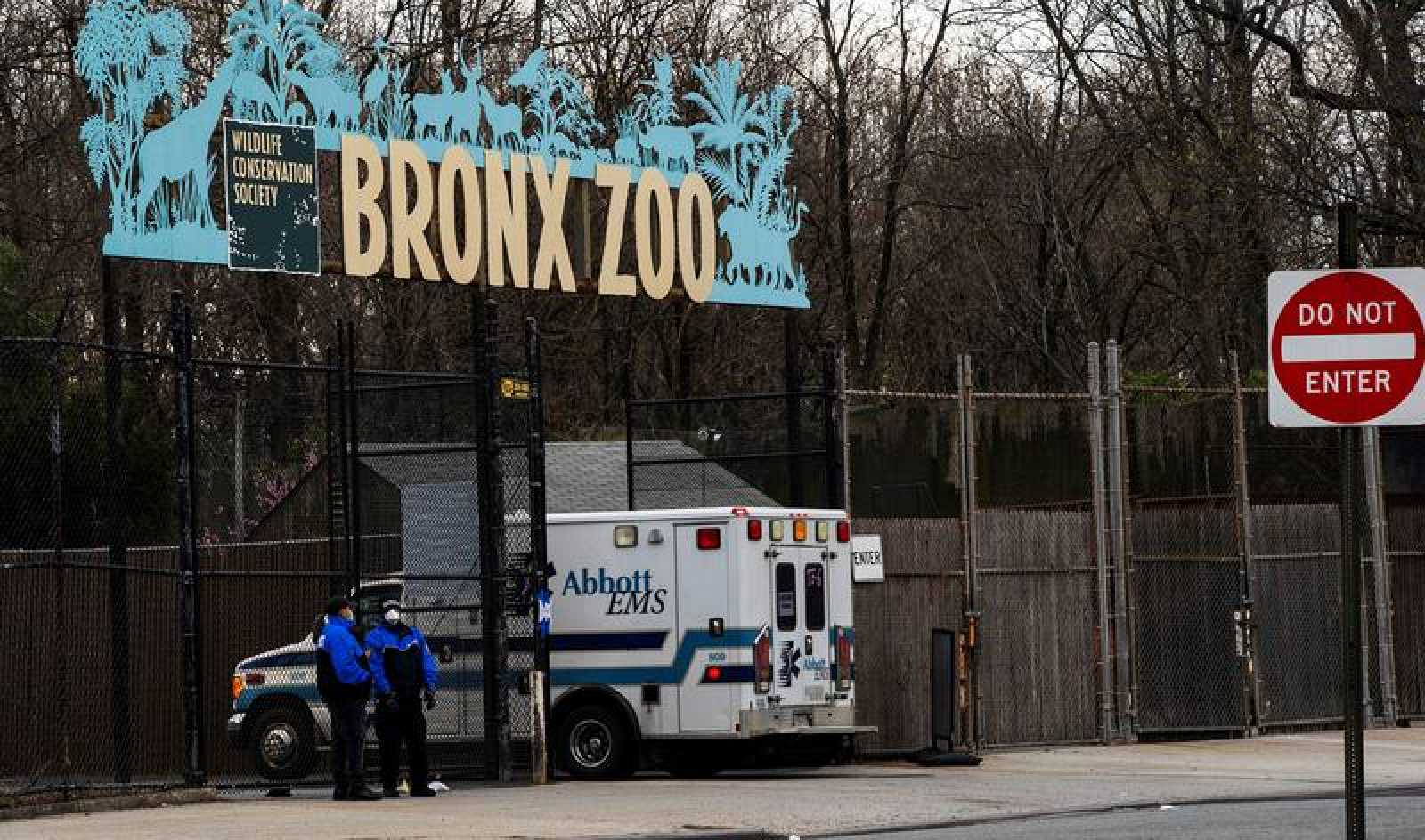 Fachada del Zoo del Bronx, en Nueva York - Coronavirus