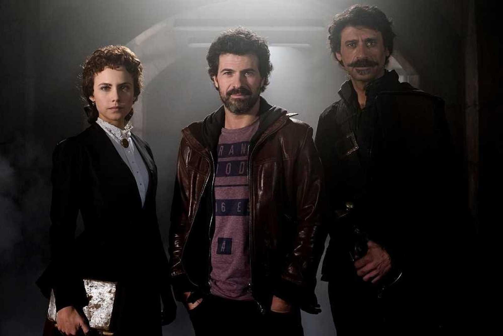 Imagen de la patrulla en la primera temporada de El Ministerio del Tiempo