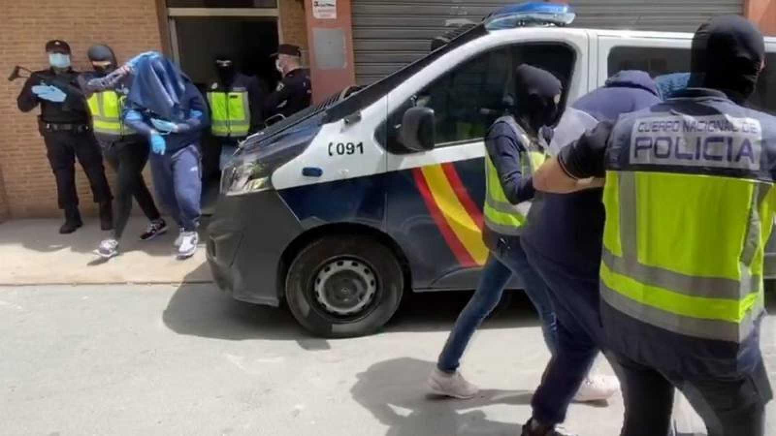 Miembros de la Policía Nacional detienen en Almería a uno de los terrroristas del Daesh más buscados de Europa.