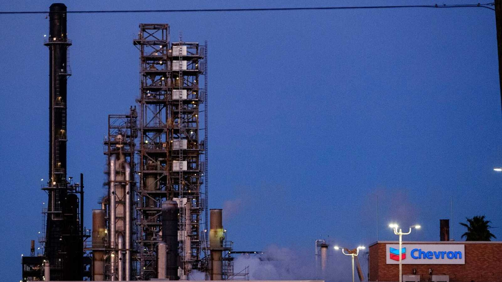 Vistas de una refinería de Chevron en Mississippi