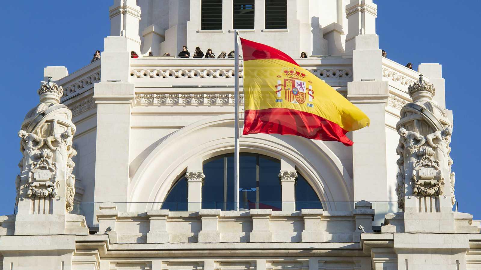 Palacio de Comunicación, comúnmente conocido como Palacio de Cibeles, ubicado en la Plaza de Cibeles en Madrid, España.