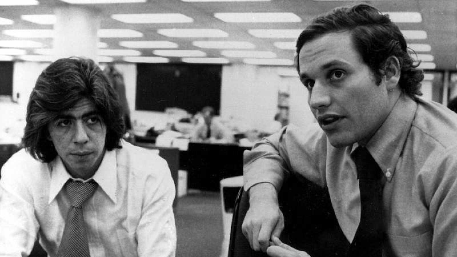 Los dos periodistas Carl Bernstein y Bob Woodward
