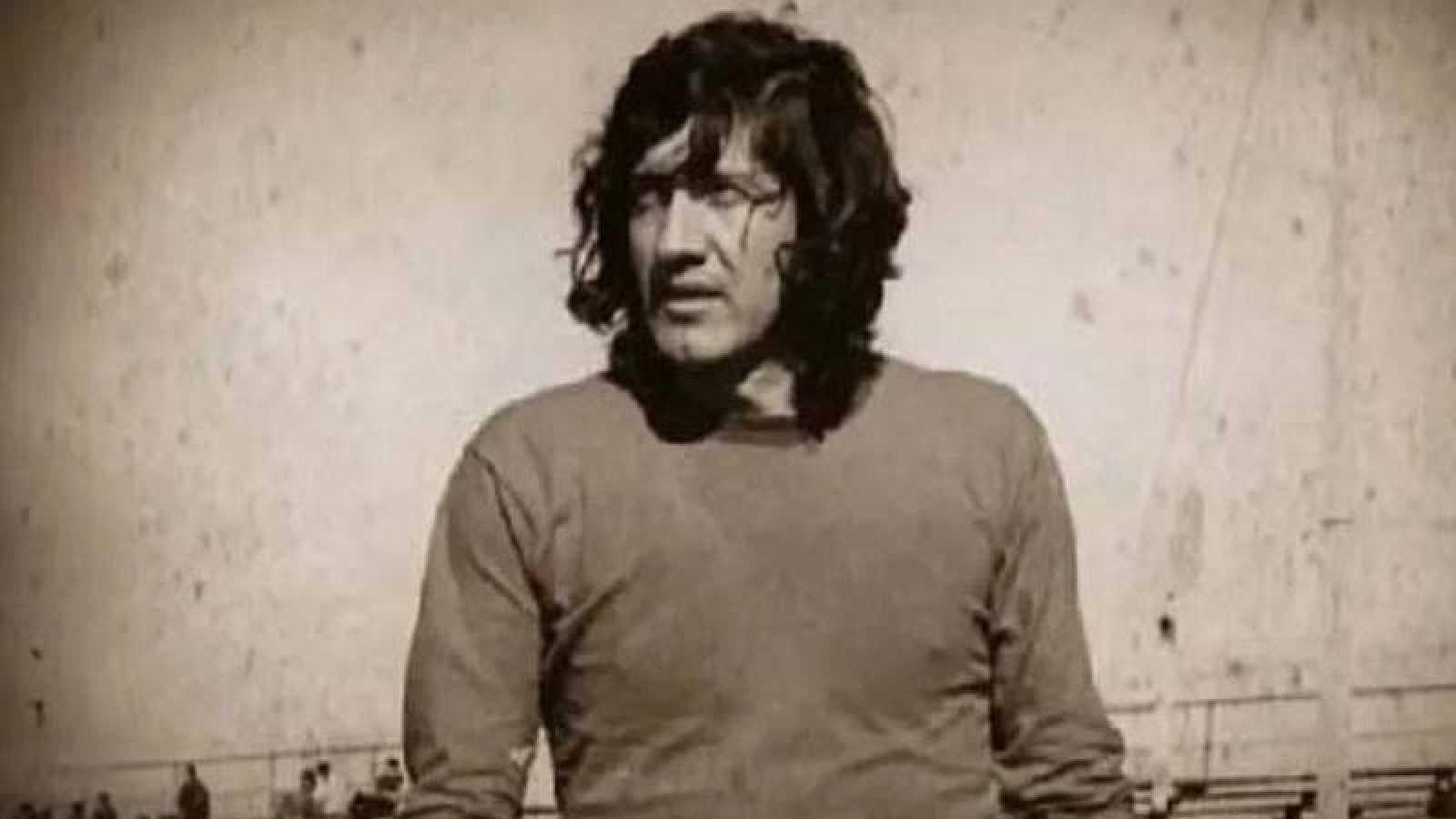 Imagen del 'Trinche' Carlovich como jugador.