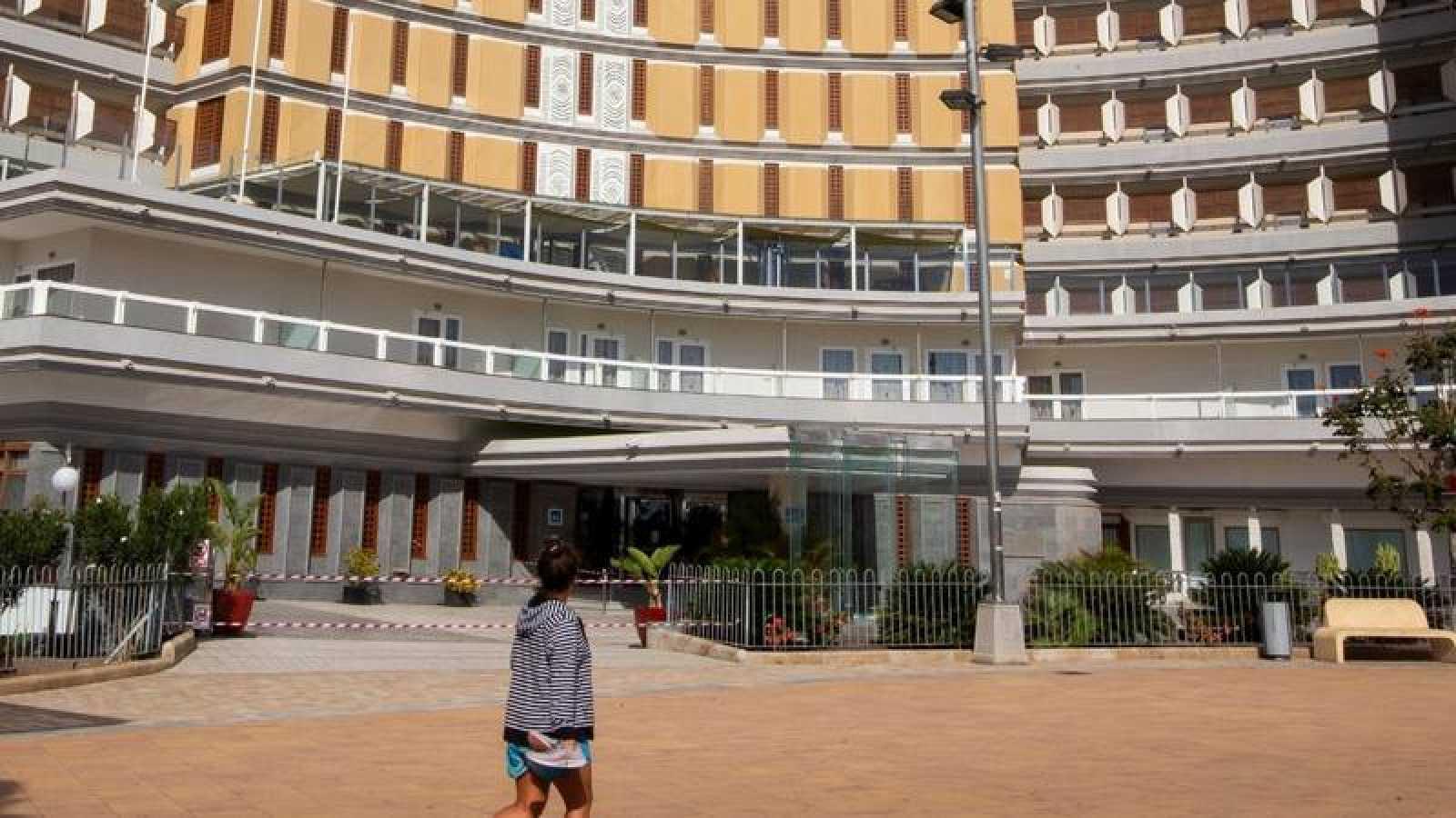 Un hotel cerrado en Playa del Inglés, Gran Canaria
