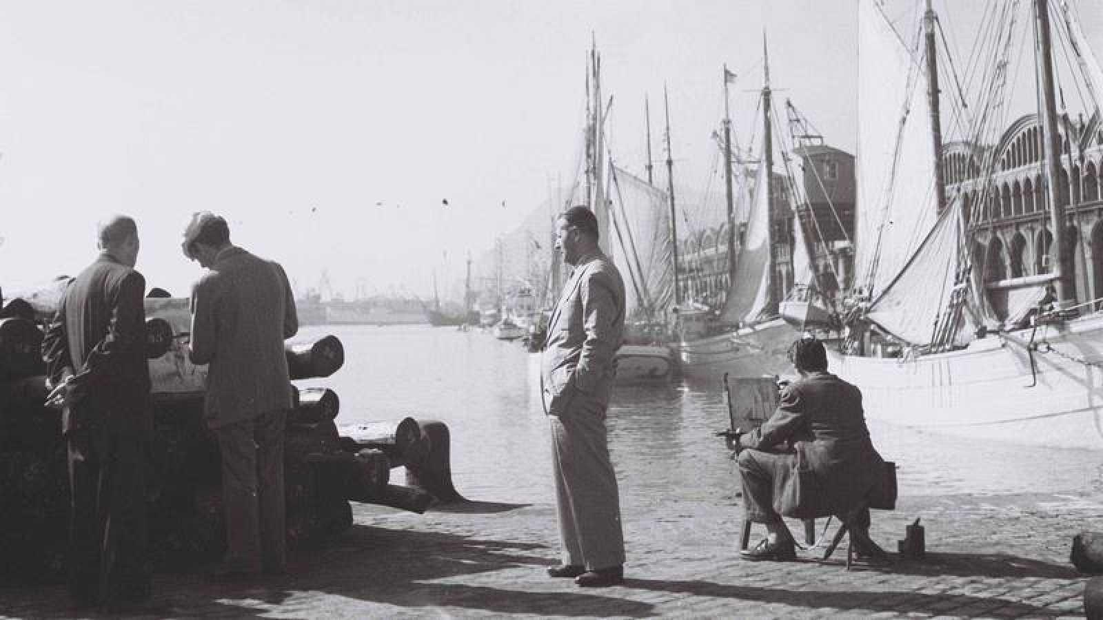 La mayoría de las fotos están tomadas en Cataluña en los años 40, 50 y 60 del pasado siglo