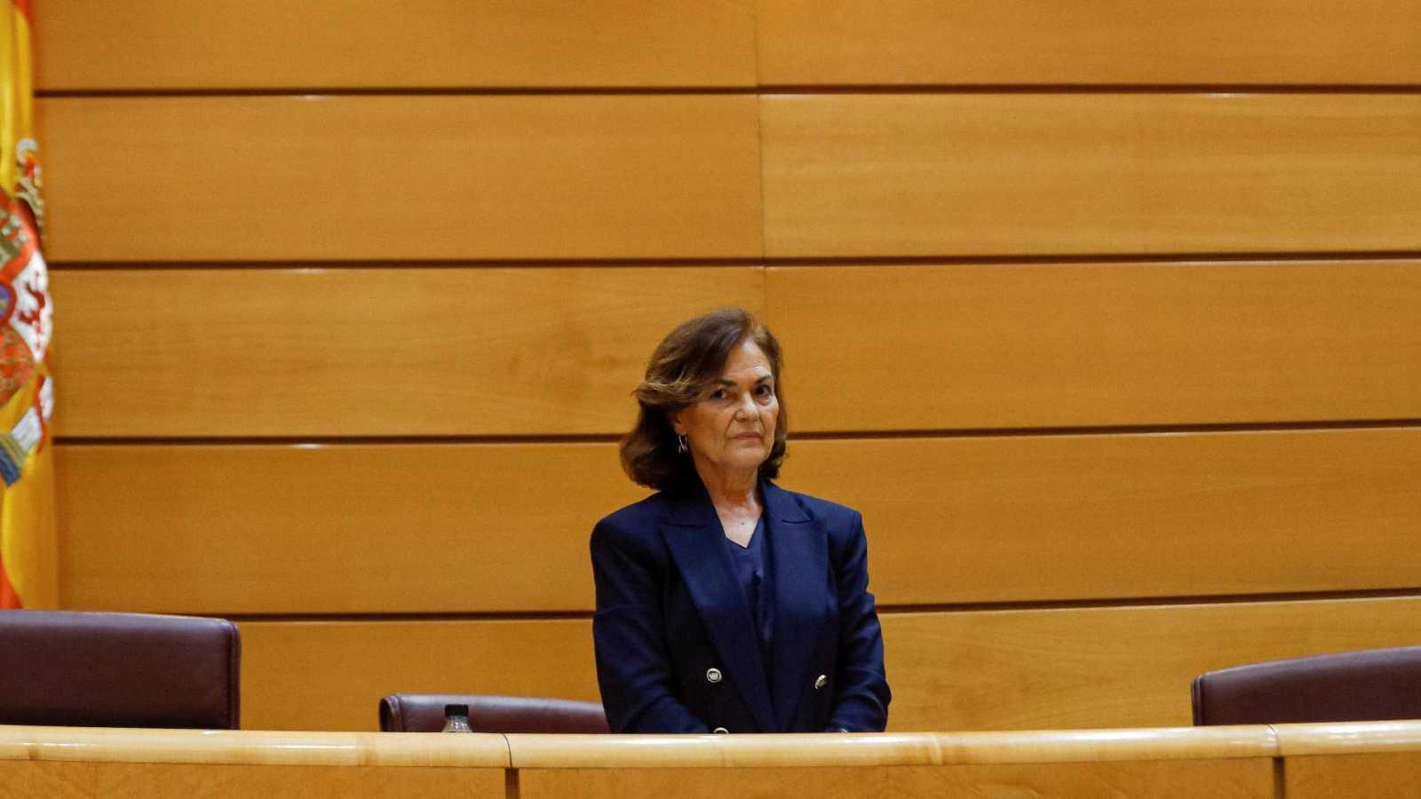 La vicepresidenta primera y ministra de la Presidencia, Relaciones con las Cortes y Memoria Democrática, Carmen Calvo, minutos antes de su comparecencia ante la Comisión Constitucional del Senado