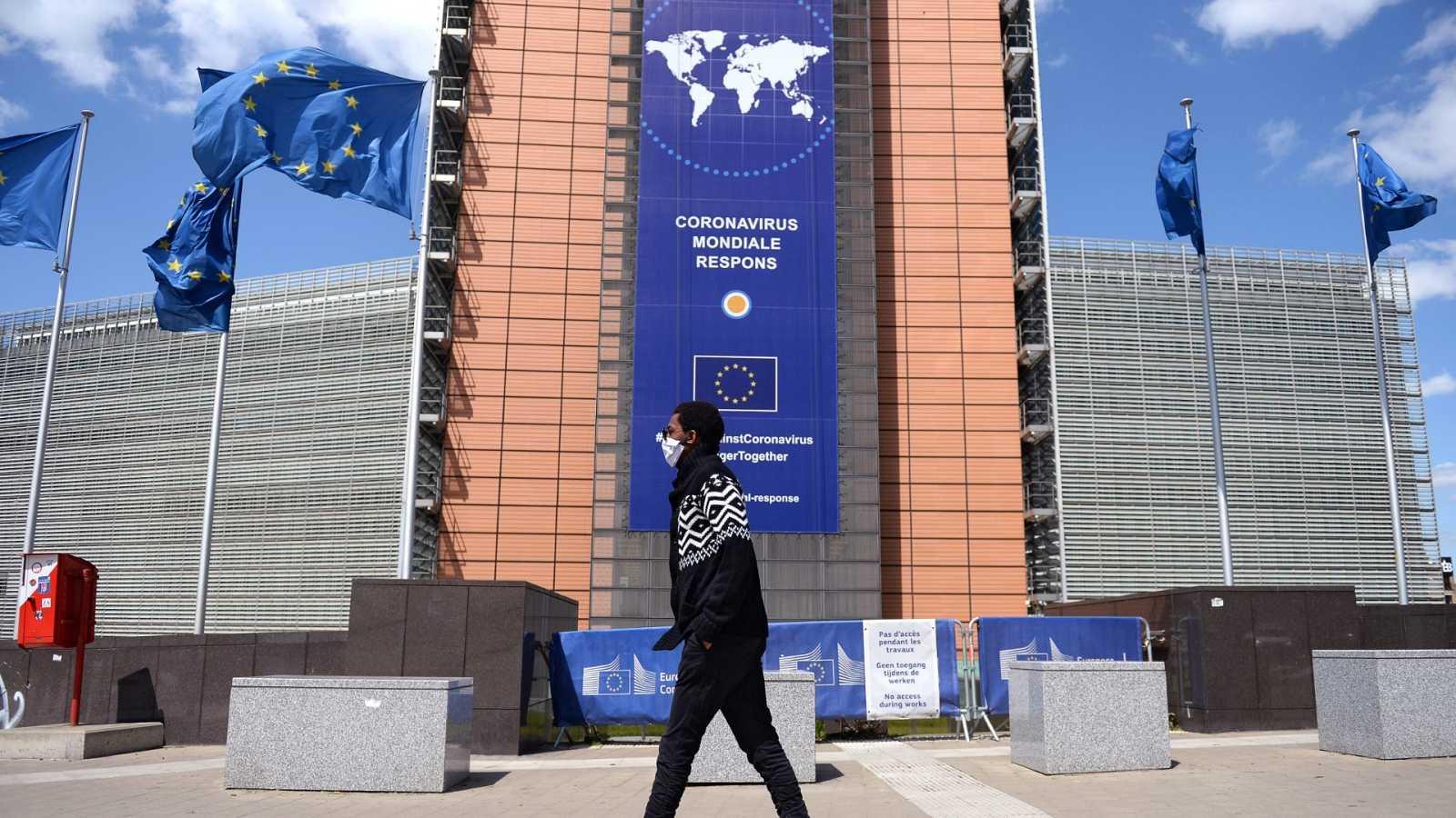 Los países de la UE acordaron un fondo de 100.000 millones de euros contra el paro por el Covid-19