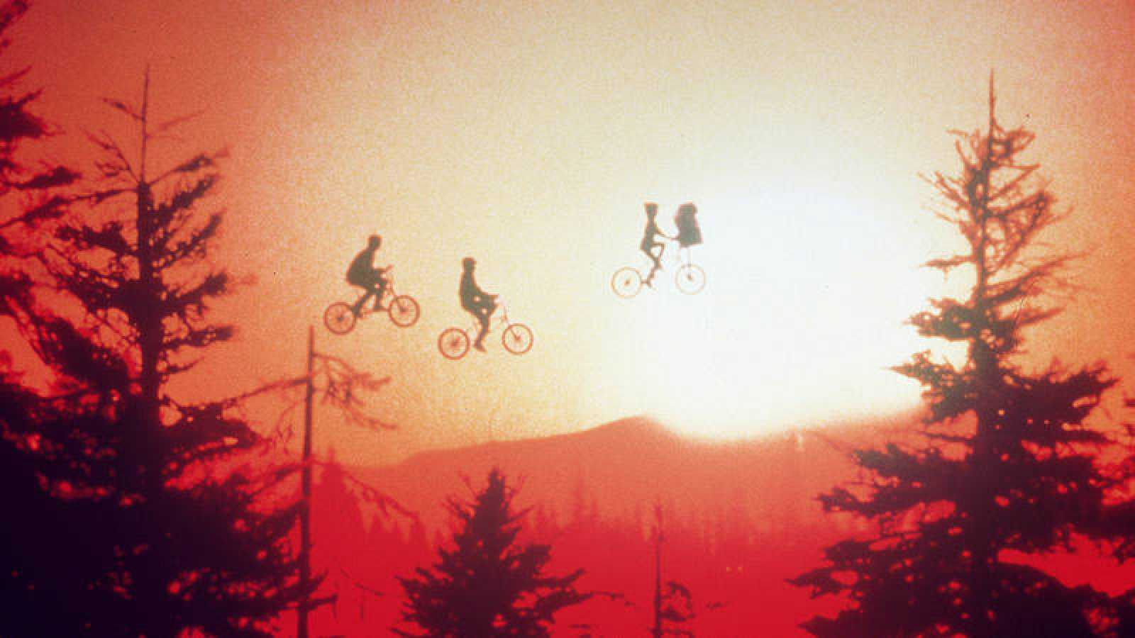 Fotograma de la película 'E.T. el extraterrestre'.