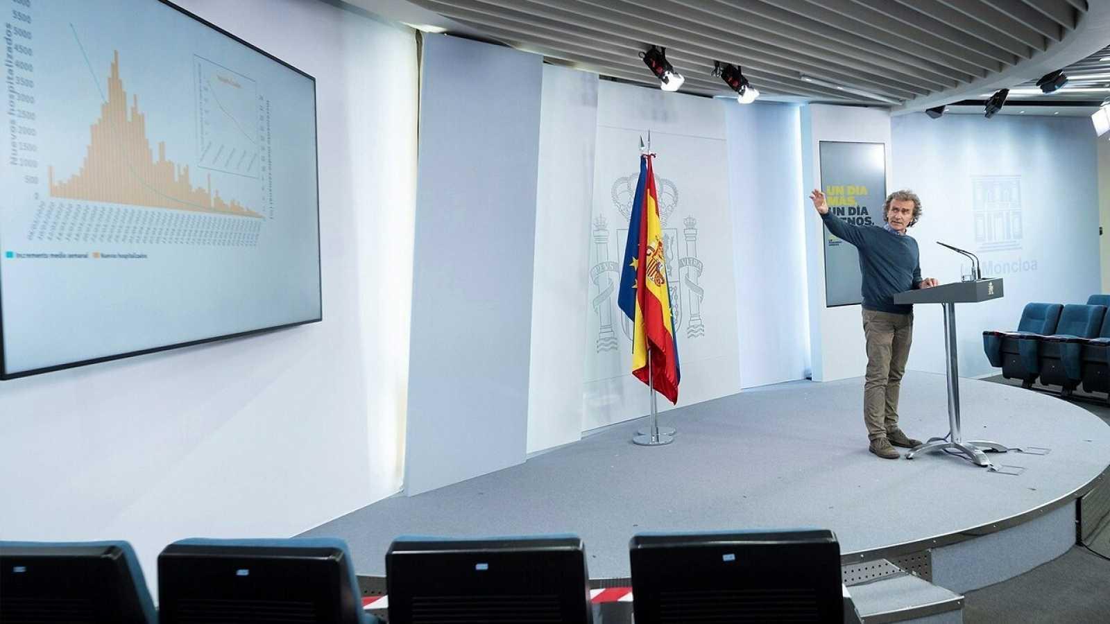 El director del Centro de Alertas y Emergencias Sanitarias, Fernando Simón, durante una rueda de prensa telemática