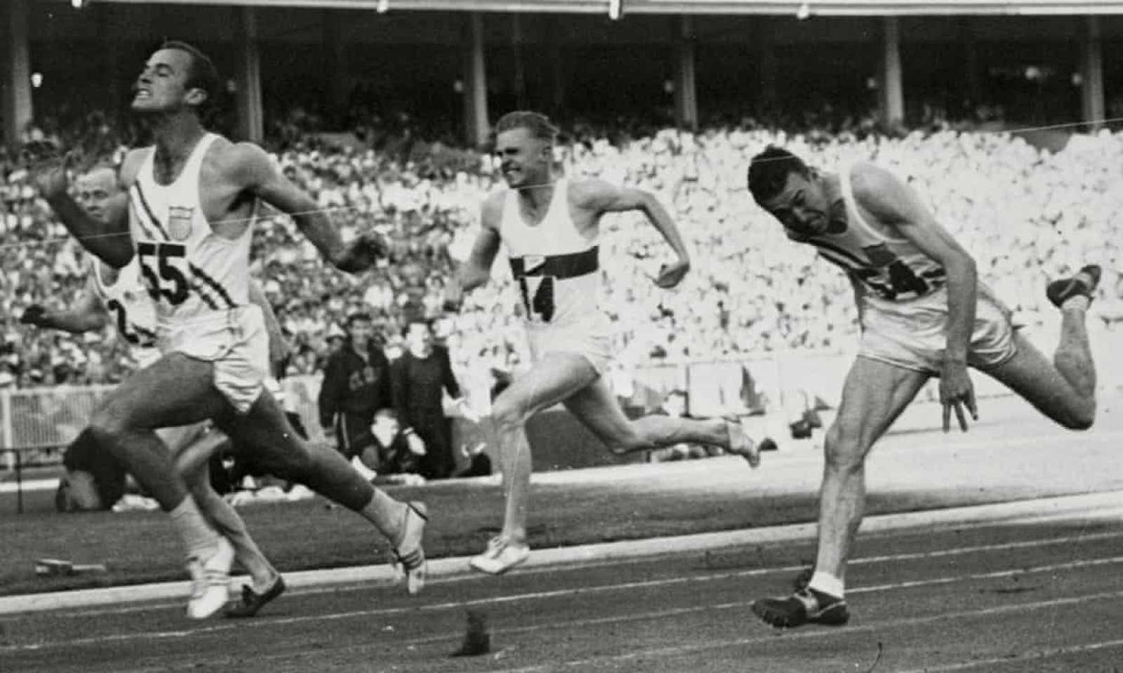 El velocista Bobby Morrow