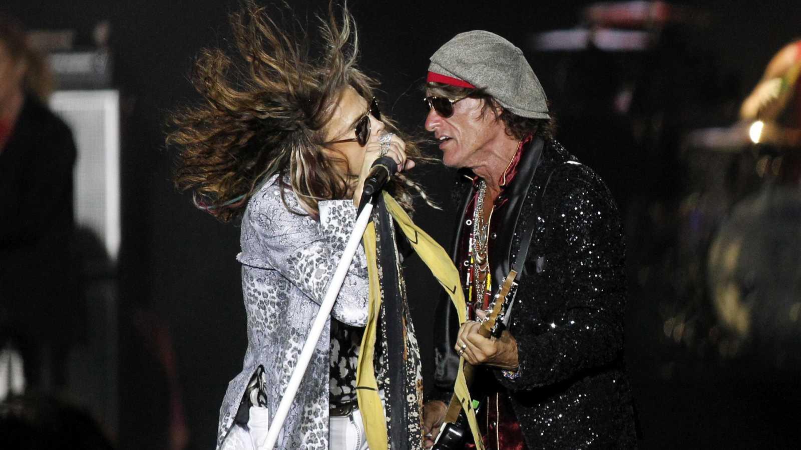 Steven Tyler y Joe Perry (Aerosmith) durante un concierto en Santa Cruz de Tenerife en 2017.