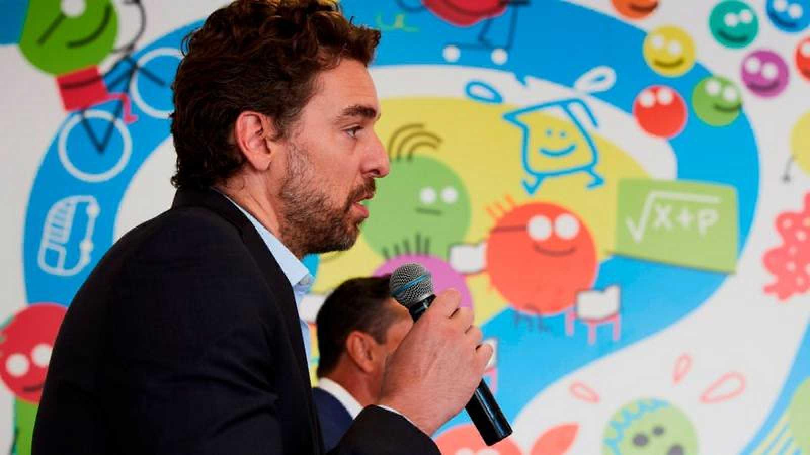 El pívot española Pau Gasol en un acto comercial.