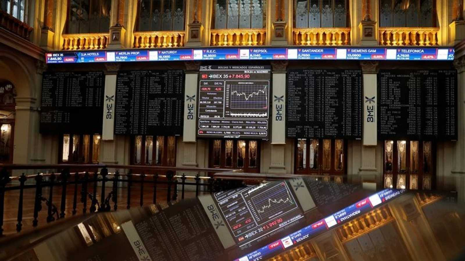 La bolsa española registra la tercera peor semana del año al caer el 7,37%