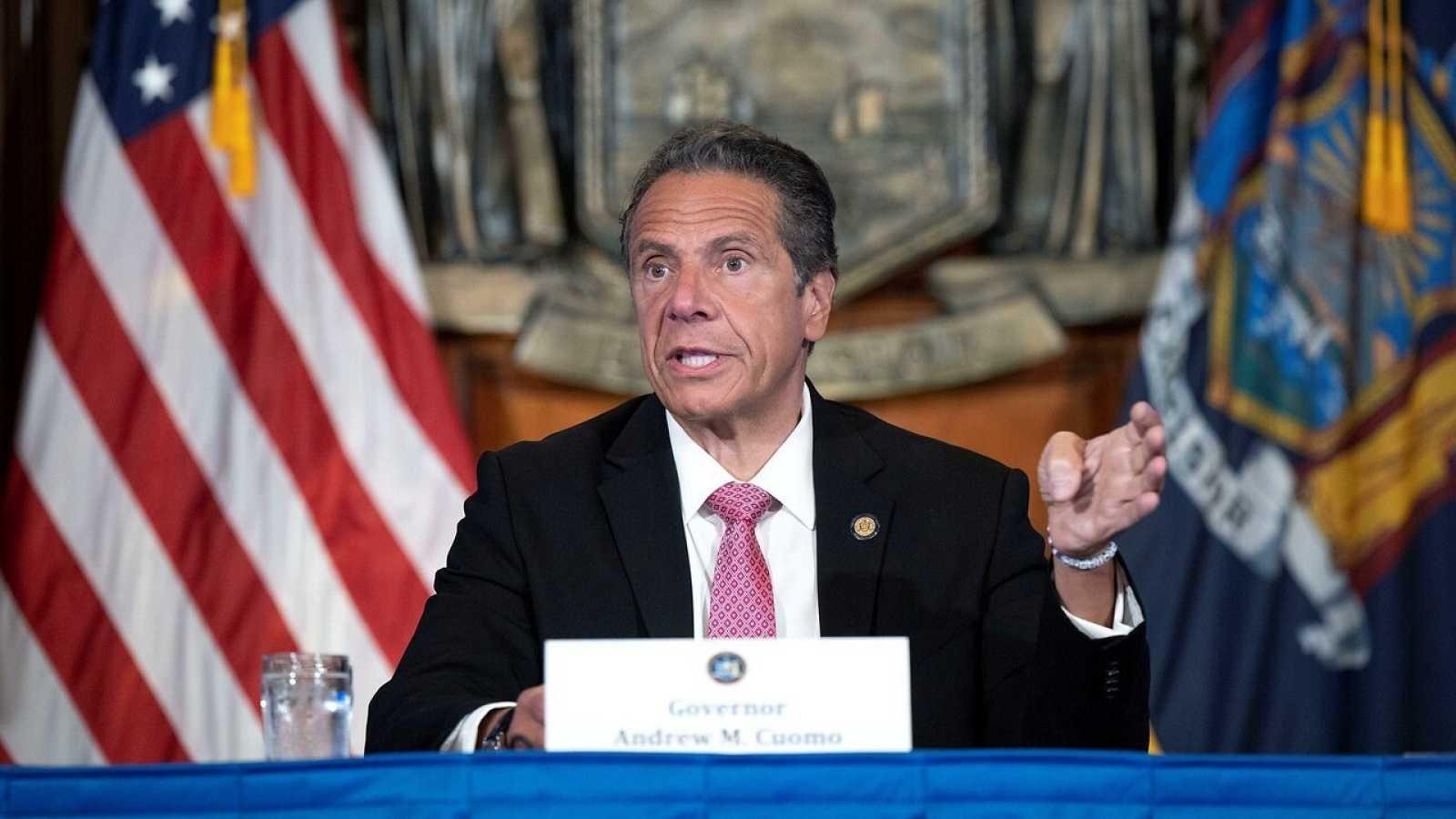 El gobernador Andrew Cuomo durante una rueda de prensa