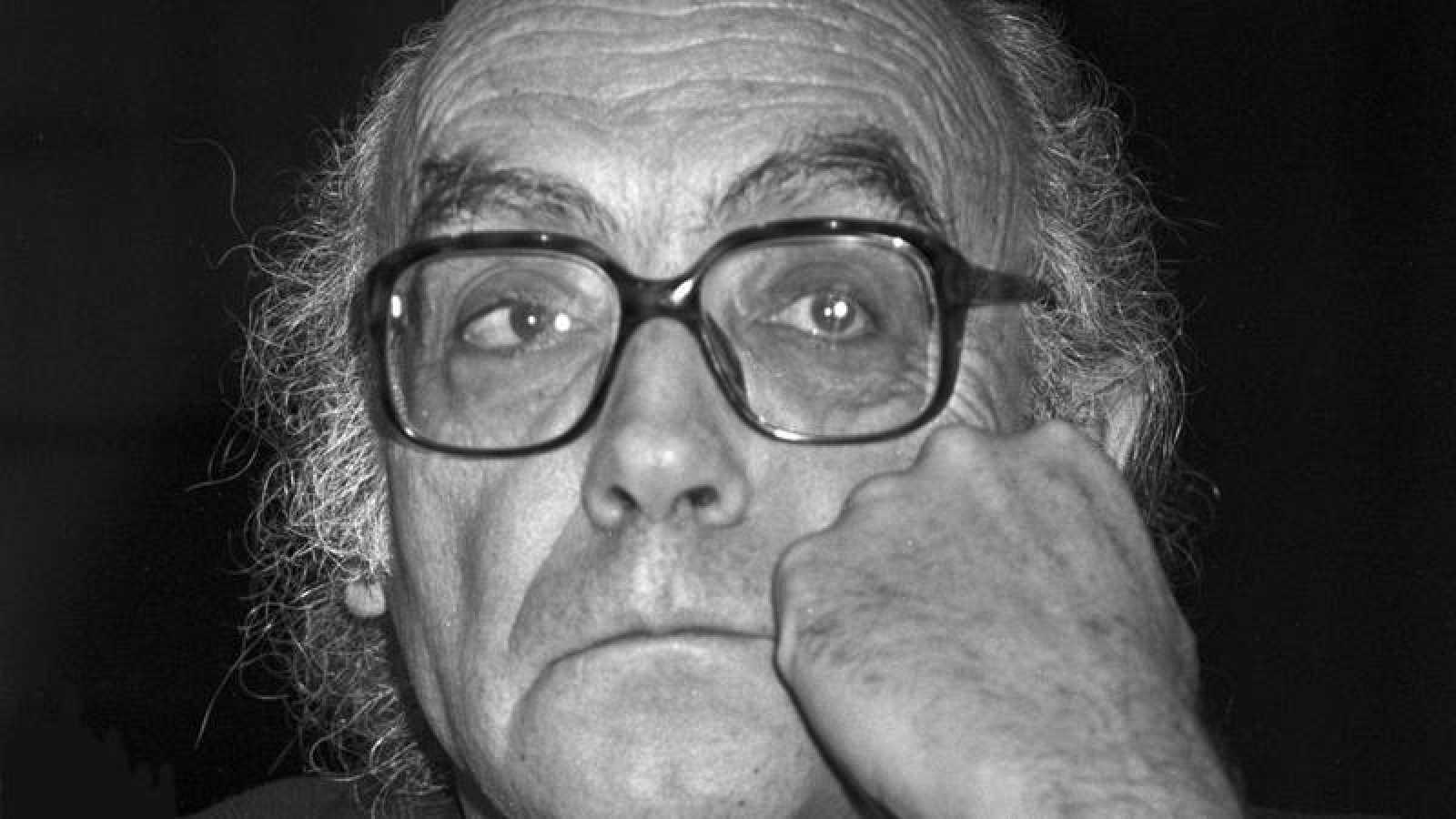 El escritor portugués José Saramago en un retrato de 1989.