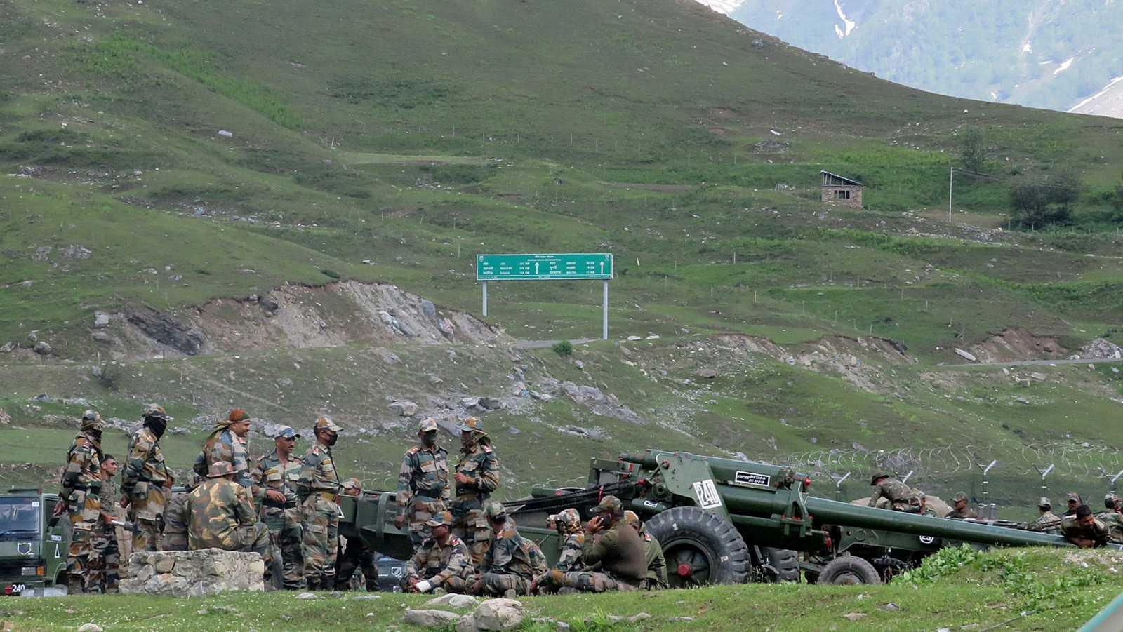 Aumentan a veinte los soldados indios muertos en el choque fronterizo con China