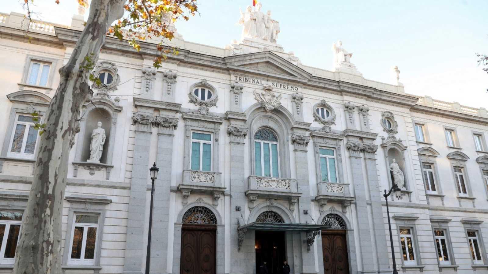 Fachada exterior del Triibunal Supremo en Madrid