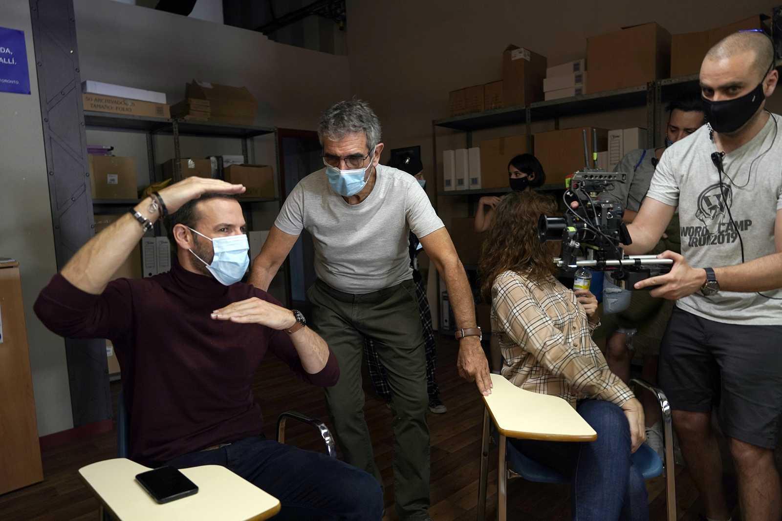 Daniel Grao con Joaquín Oristrell durante Del rodaje de 'HIT'