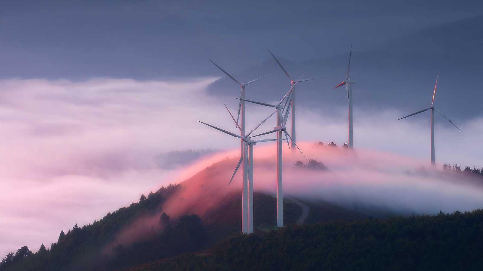 El objetivo es que el 74% de la electricidad en España sea renovable en 2030, y el 100% antes de 2050.