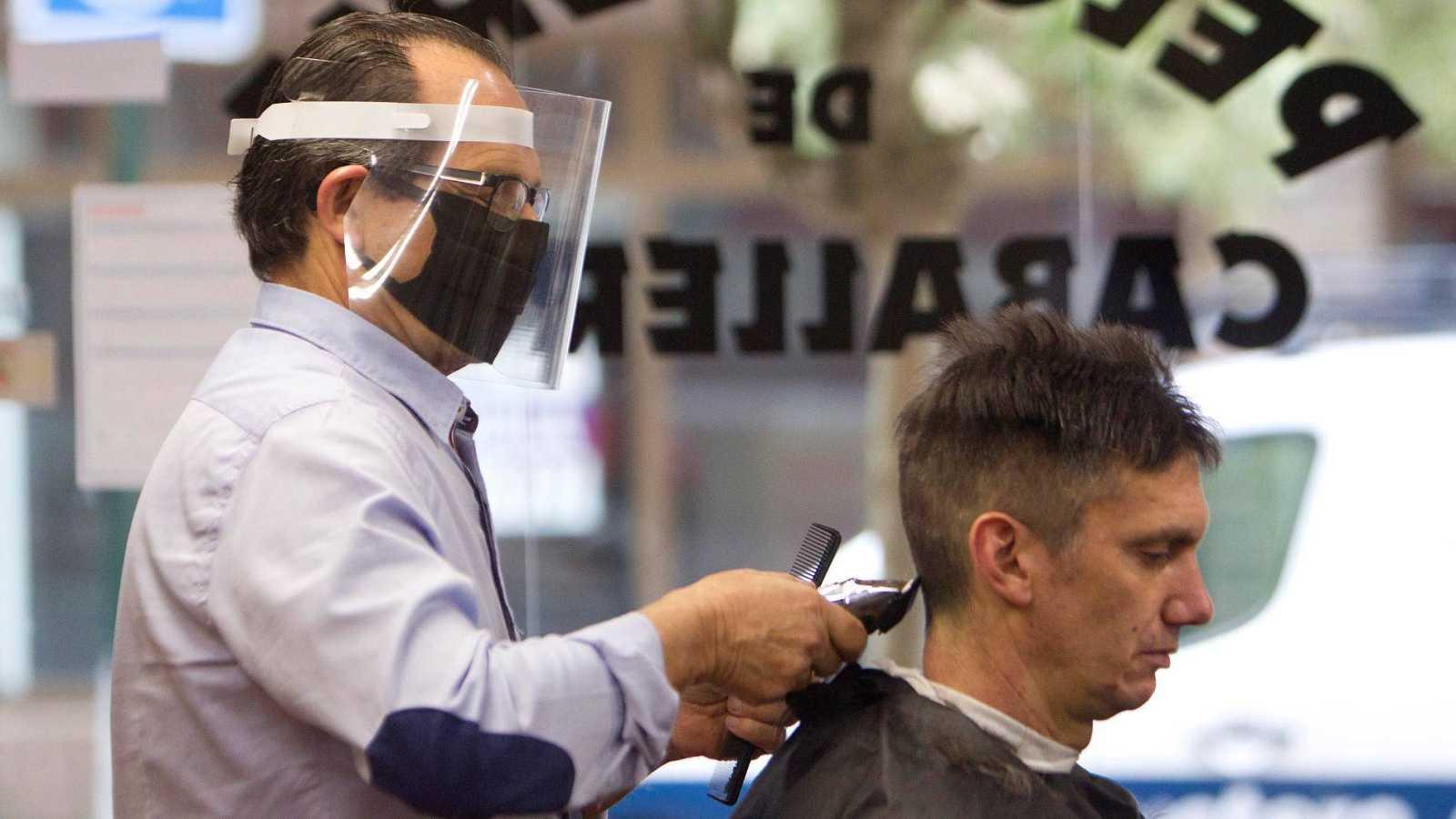 Imagen de una peluquería en Vigo en tiempos de coronavirus