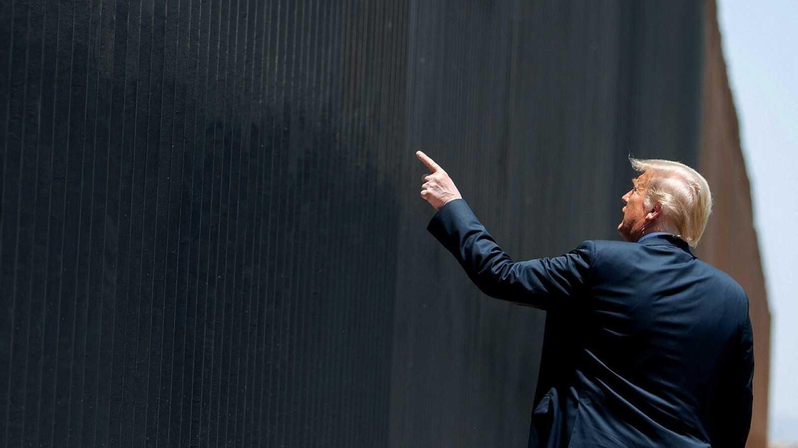 Trump participa este martes en una ceremonia conmemorativa de las 200 millas de muro fronterizo