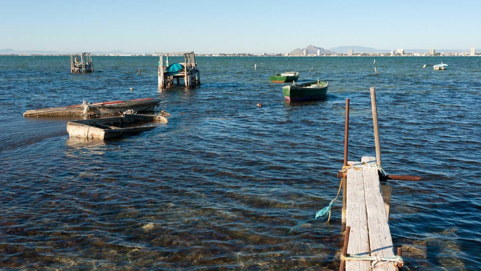 """Ecologistas en Acción concede 48 """"banderas negras"""" en la costa española por contaminación, vertidos y mala gestión"""