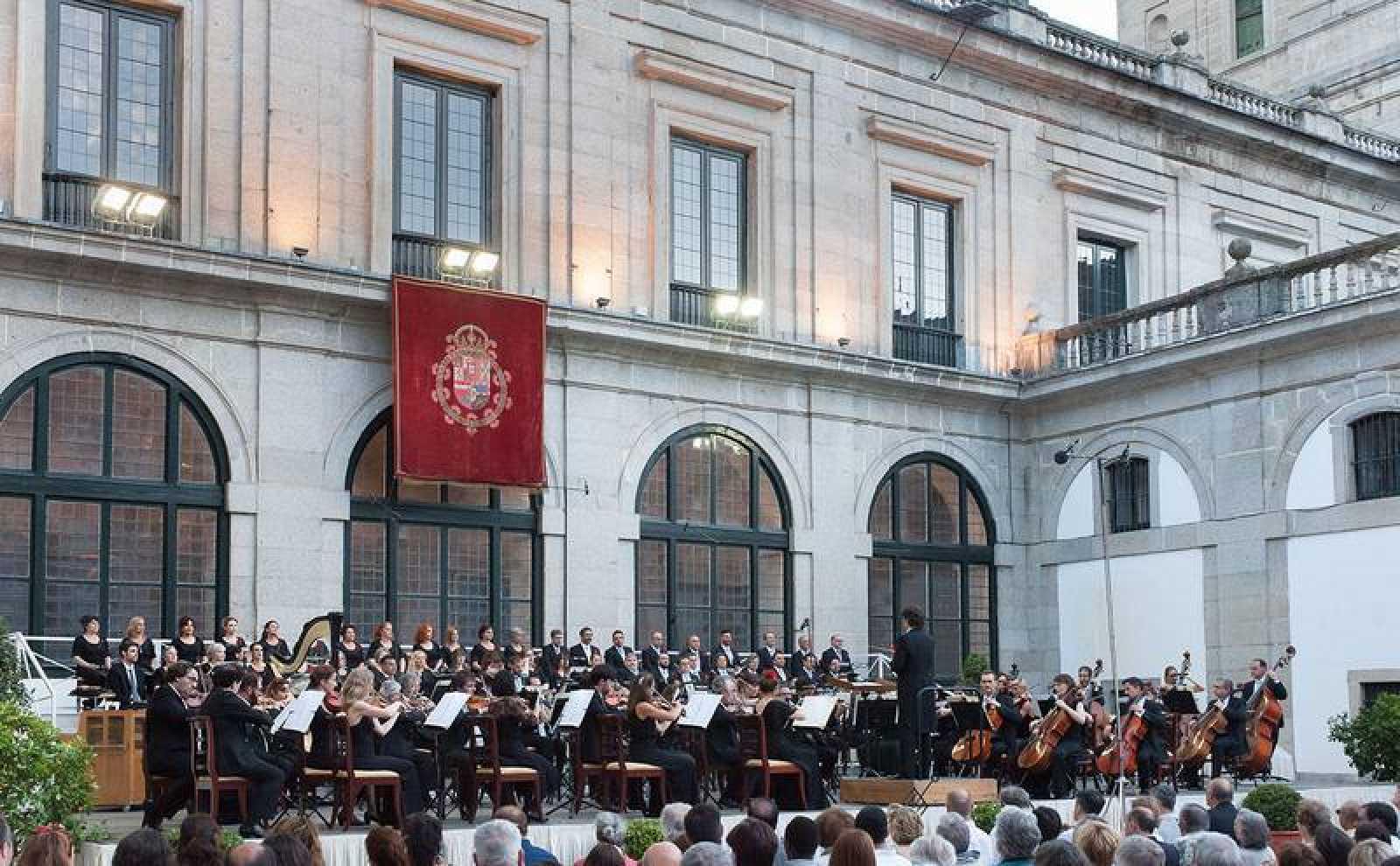 Conciertos extraordinarios de la Orquesta y el Coro RTVE en Julio