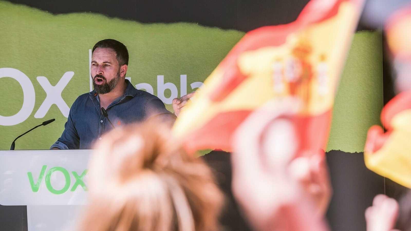 El líder de Vox, Santiago Abascal, ofrece un discurso durante un mitin en el País Vasco