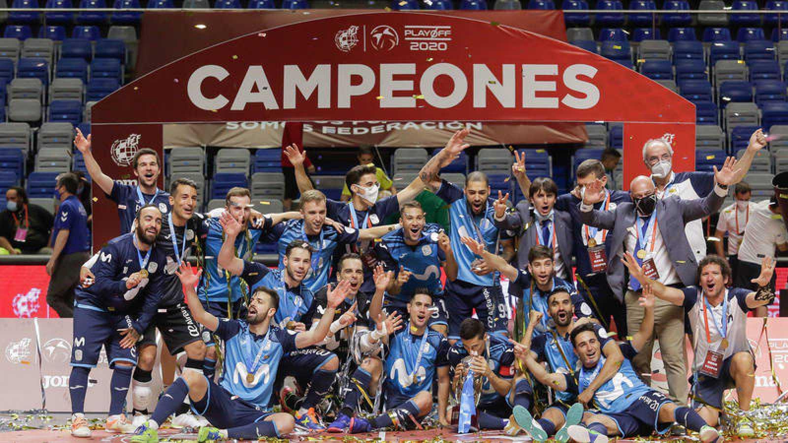 Los jugadores del Movistar Inter celebran el título de Liga 2019-2020.