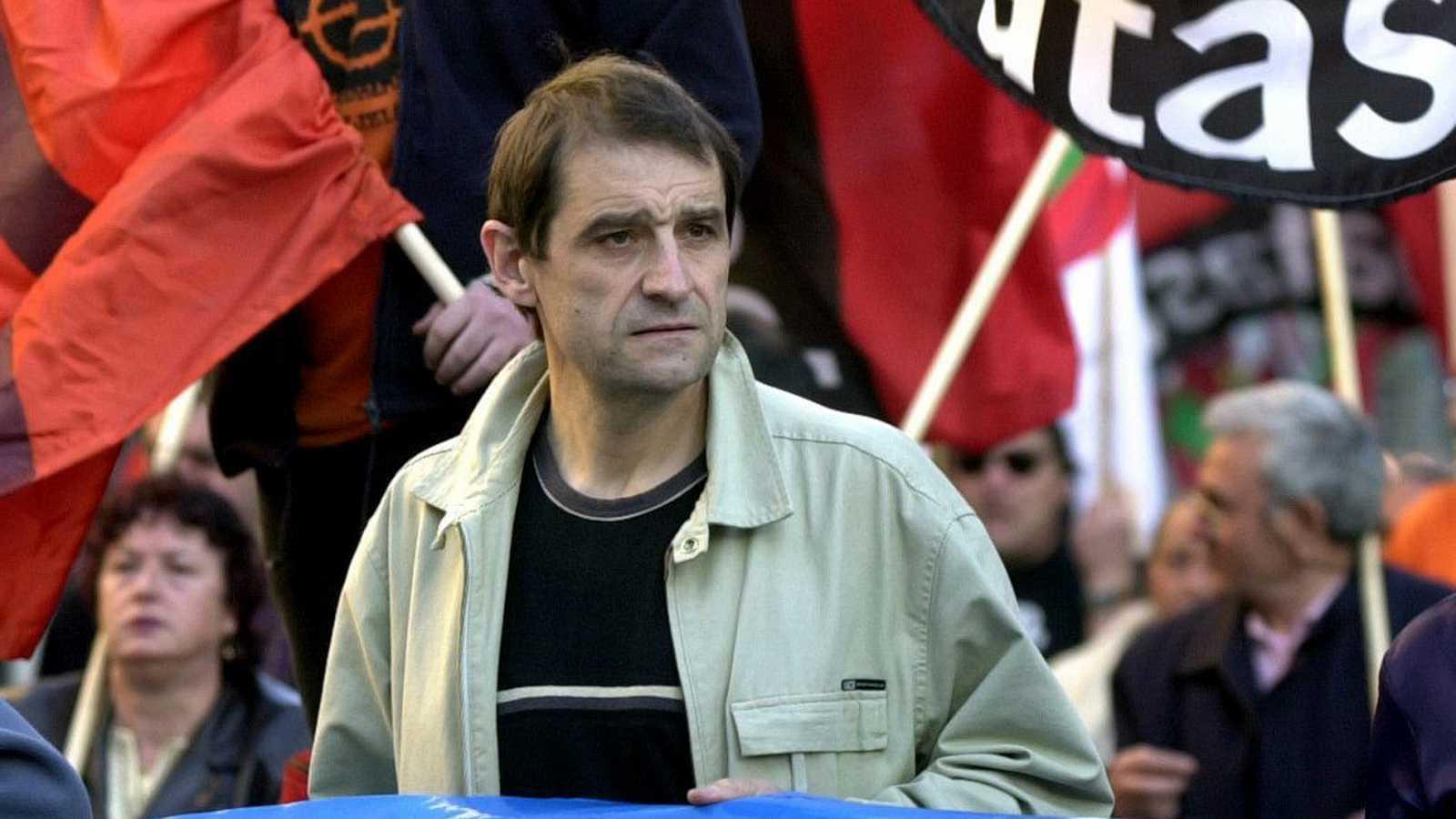 Imagen de archivo en la que aparece el exjefe de ETA José Antonio Urrutikoetxea, alias Josu Ternera.