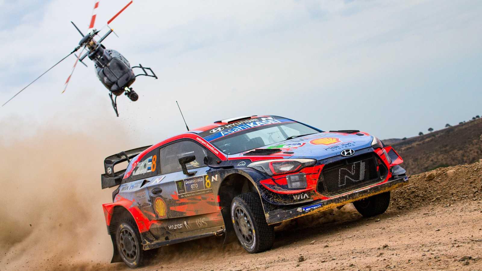 Imagen del campeón estonio Ott Tanak durante el Rally de Mexico.