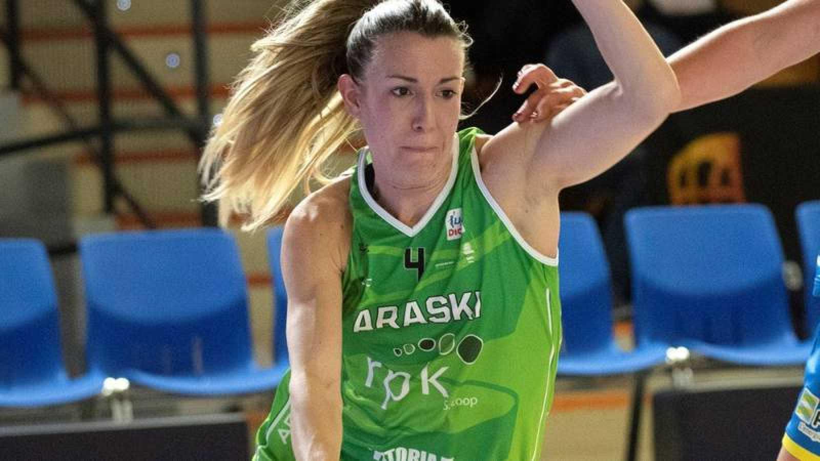 Izaskun García, jugadora del Araski.