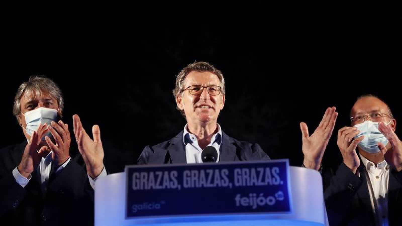 El presidente de la Xunta, Alberto Núñez Feijóo, en la noche electoral del 12J, en la que revalidó su mayoría absoluta