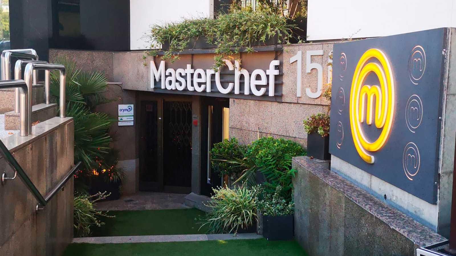 Entrada del Restaurante de MasterChef en Madrid