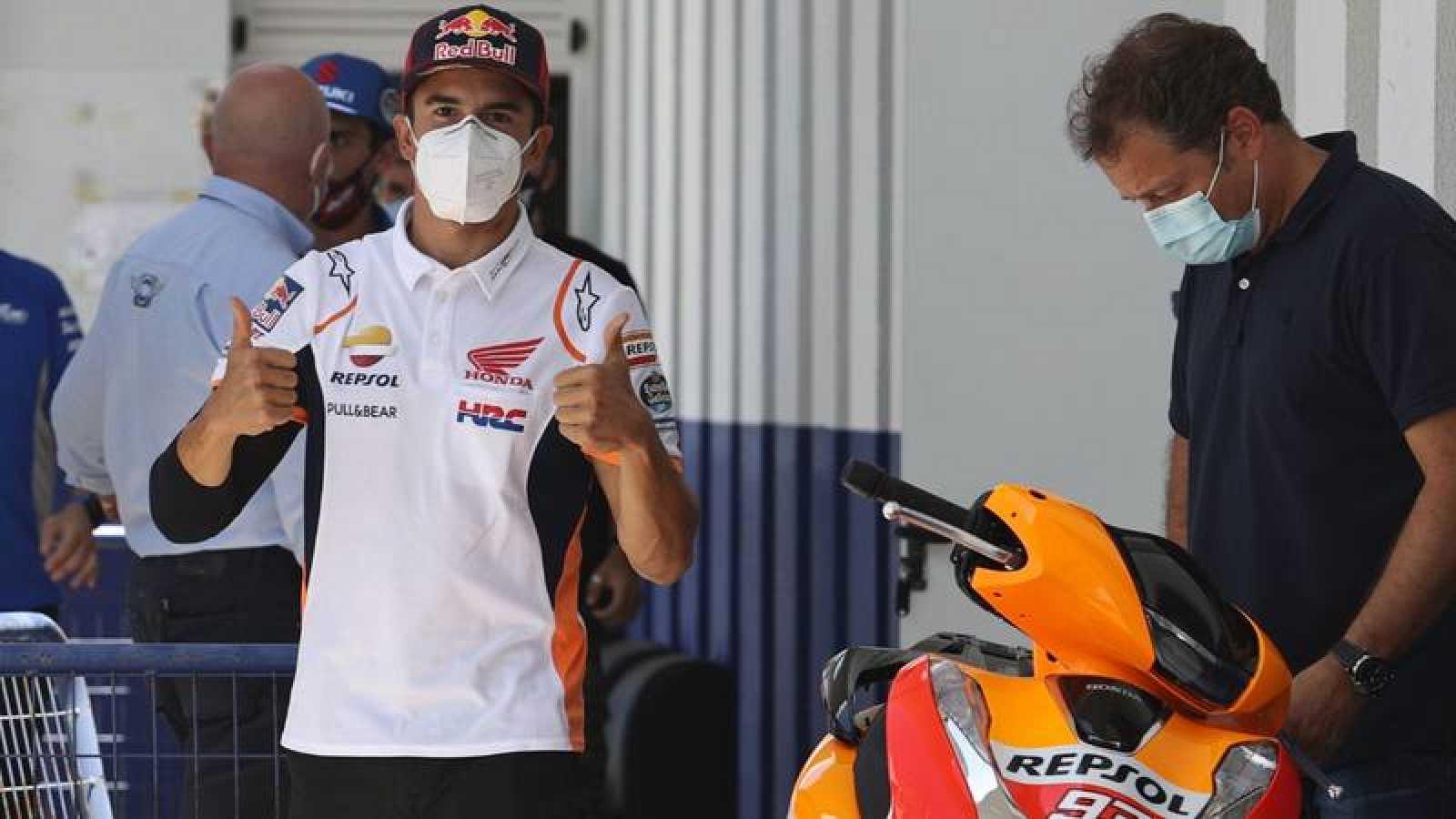 El piloto español Marc Márquez tras superar una prueba médica en el Circuito de Jerez.