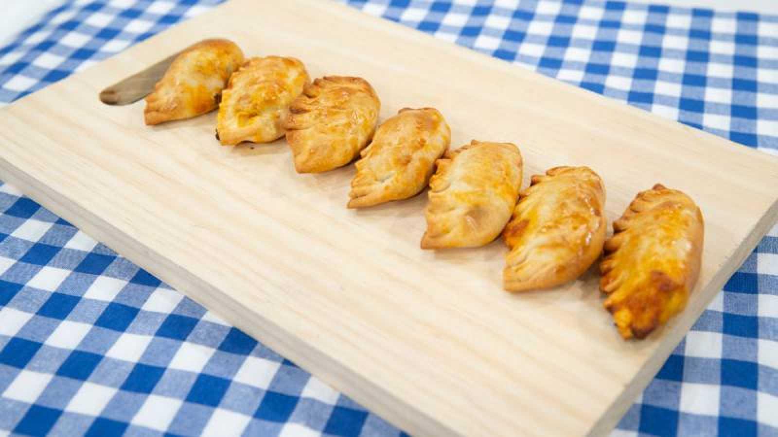 Empanadillas capresse al horno con verduras