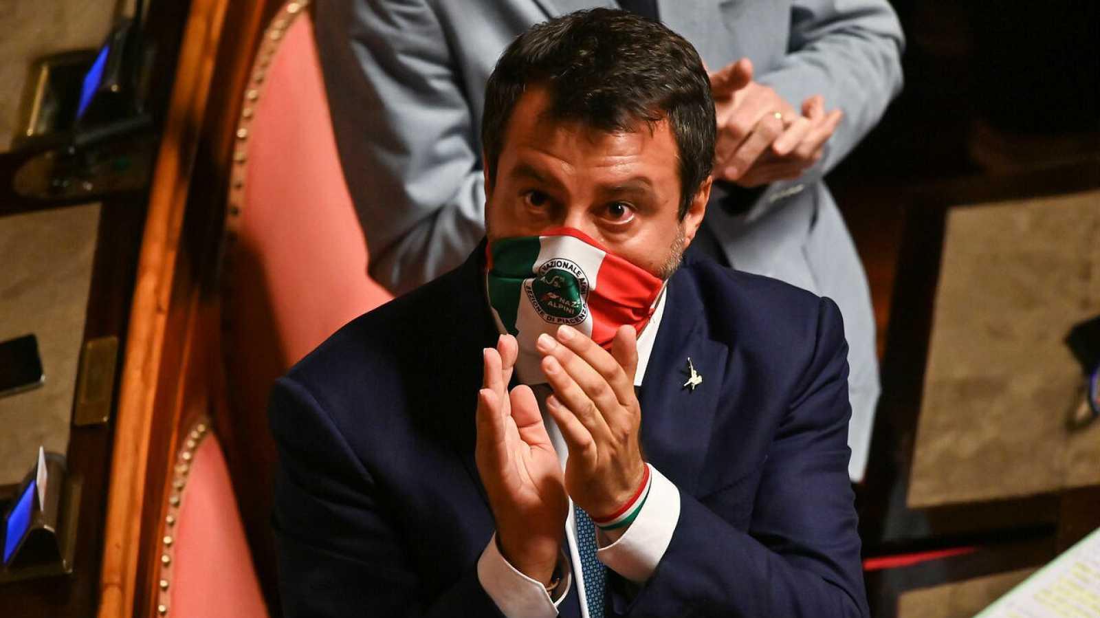El senador italiano y líder del partido Lega, Matteo Salvini, tras su discurso el 30 de julio en el Senado antes de las votaciones sobre si debería ser despojado de su inmunidad parlamentaria.