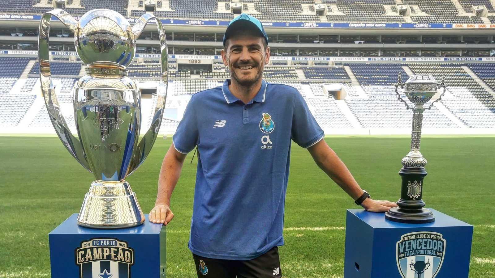 Iker Casillas se retira del fútboll