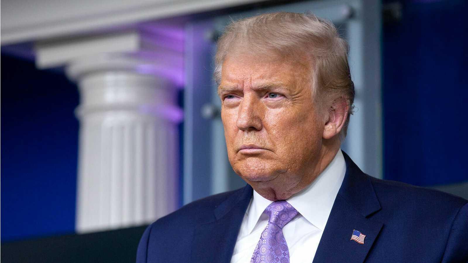 El presidente de EE. UU., Donald Trump, habla durante una conferencia de prensa en la Casa Blanca en Washington.