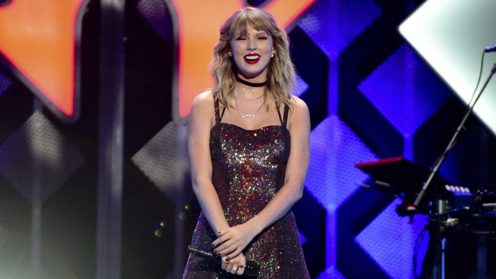 Taylor Swift repite en el número uno de la lista Billboard 200