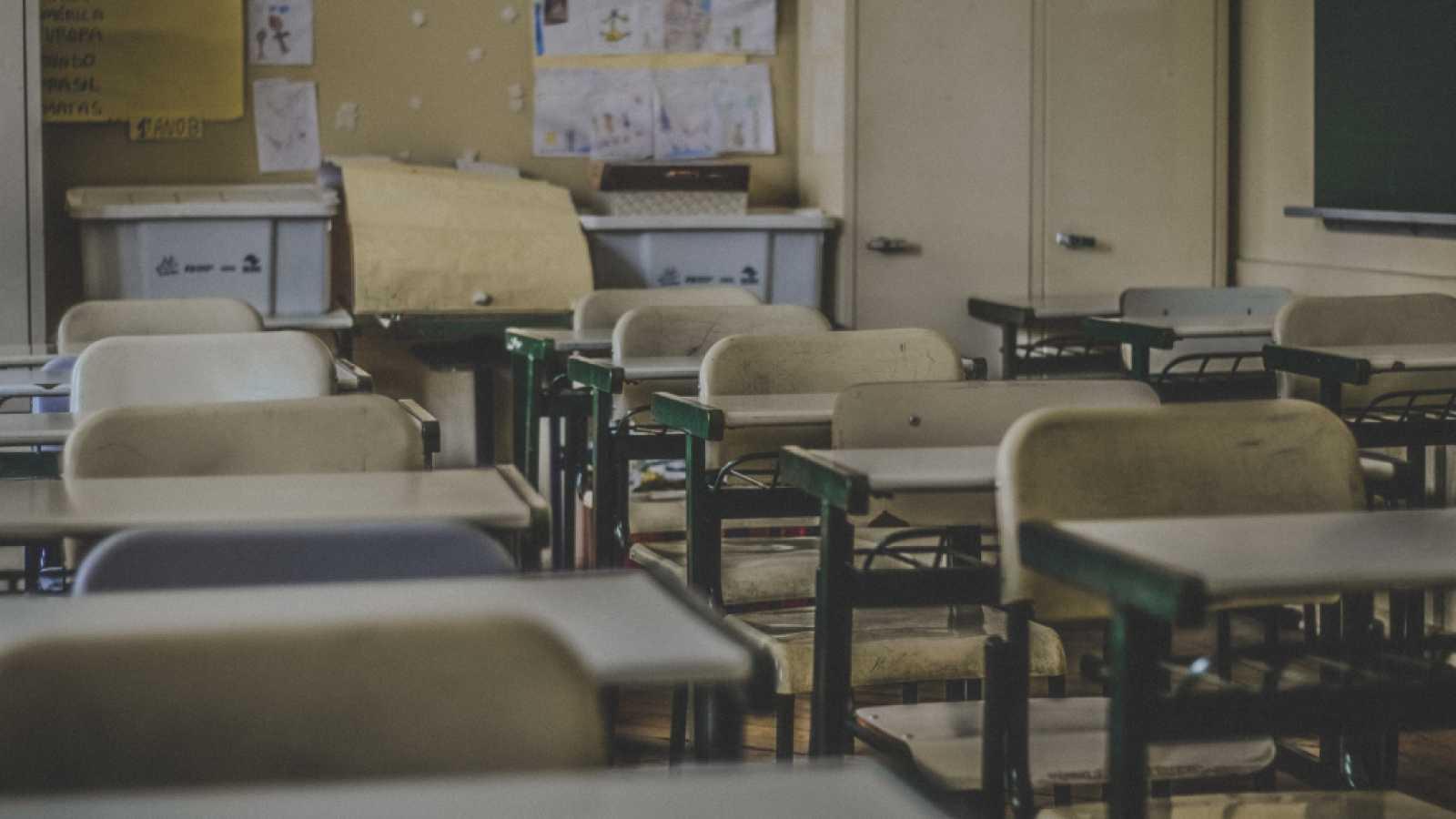 """Profesores y alumnos critican la vuelta a las aulas: """"La educación segura debe ser una prioridad"""""""