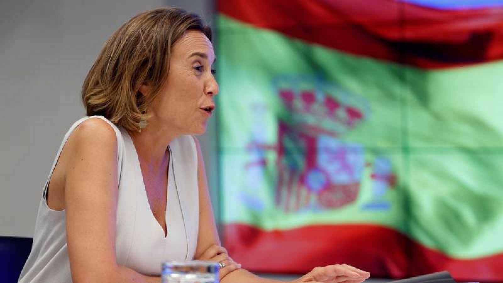 La portavoz del PP, Cuca Gamarra, ha registrado la petición en el Congreso