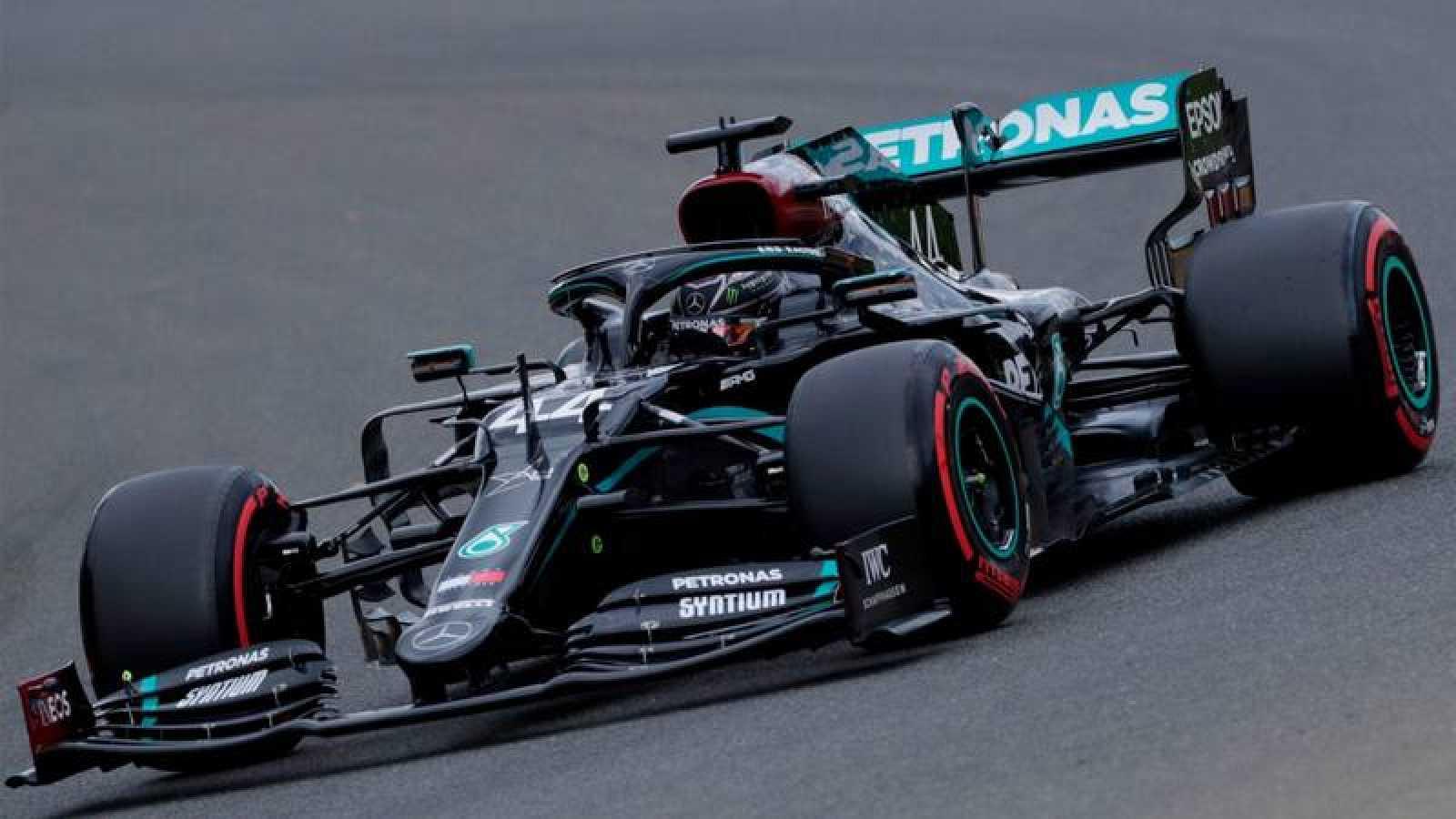 El piloto británico de Mercedes, Lewis Hamilton en el circuito belga de Spa-Francorchamps.