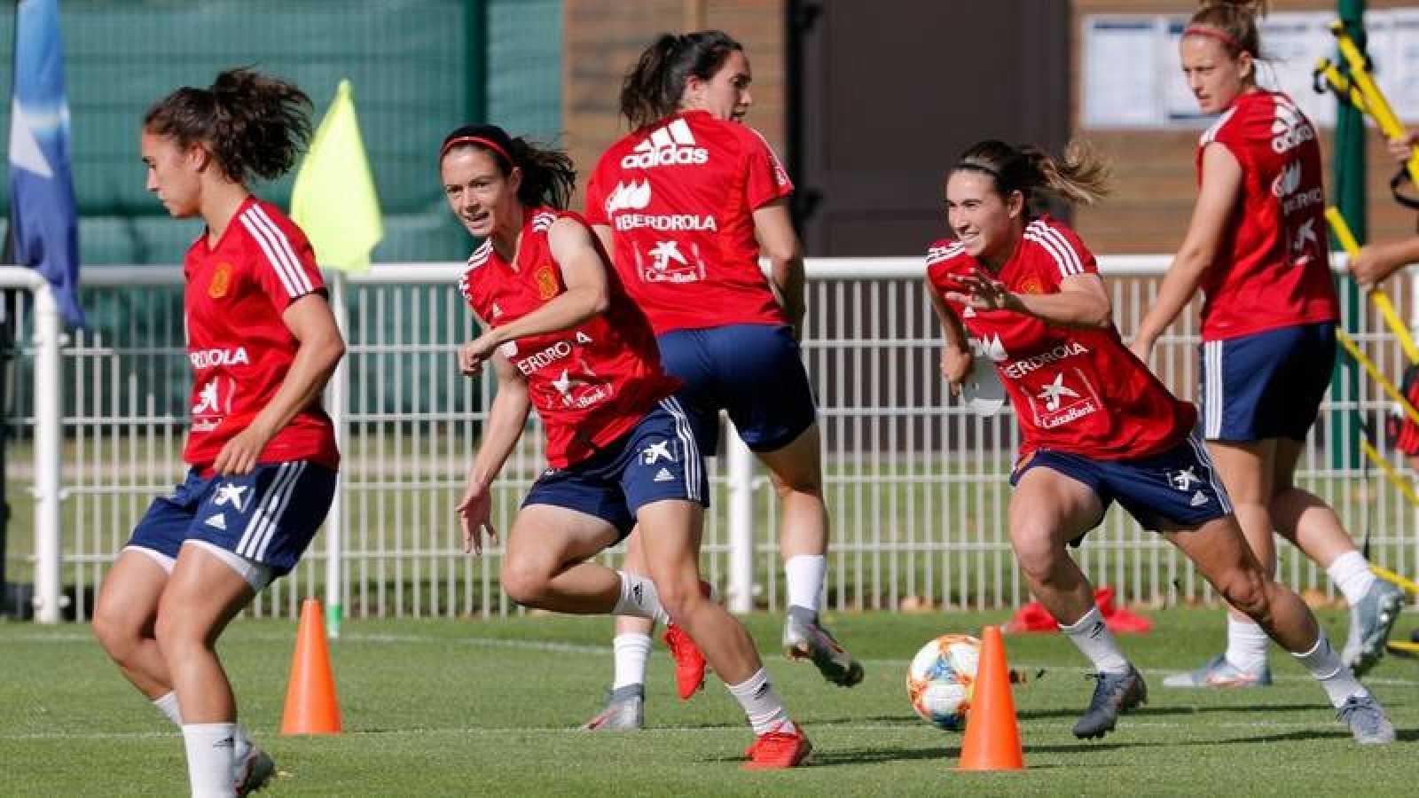Imagen de archivo de un entrenamiento de la selección española femenina de fútbol.