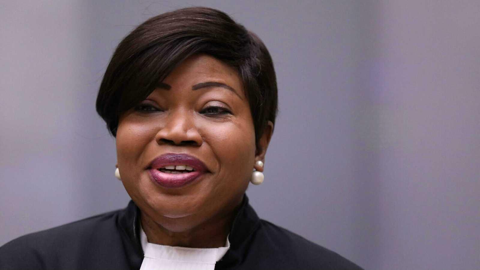 La fiscal de la Corte Penal Internacional, Fatou Bensuoda, durante la audiencia de un juicio en La Haya (Holanda).