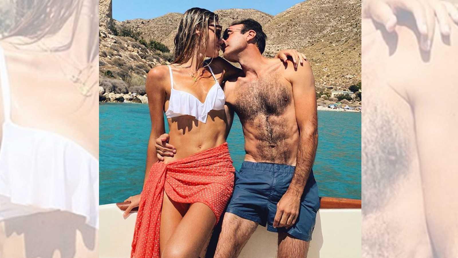Enrique Ponce felicita a Ana Soria presumiendo de abdominales