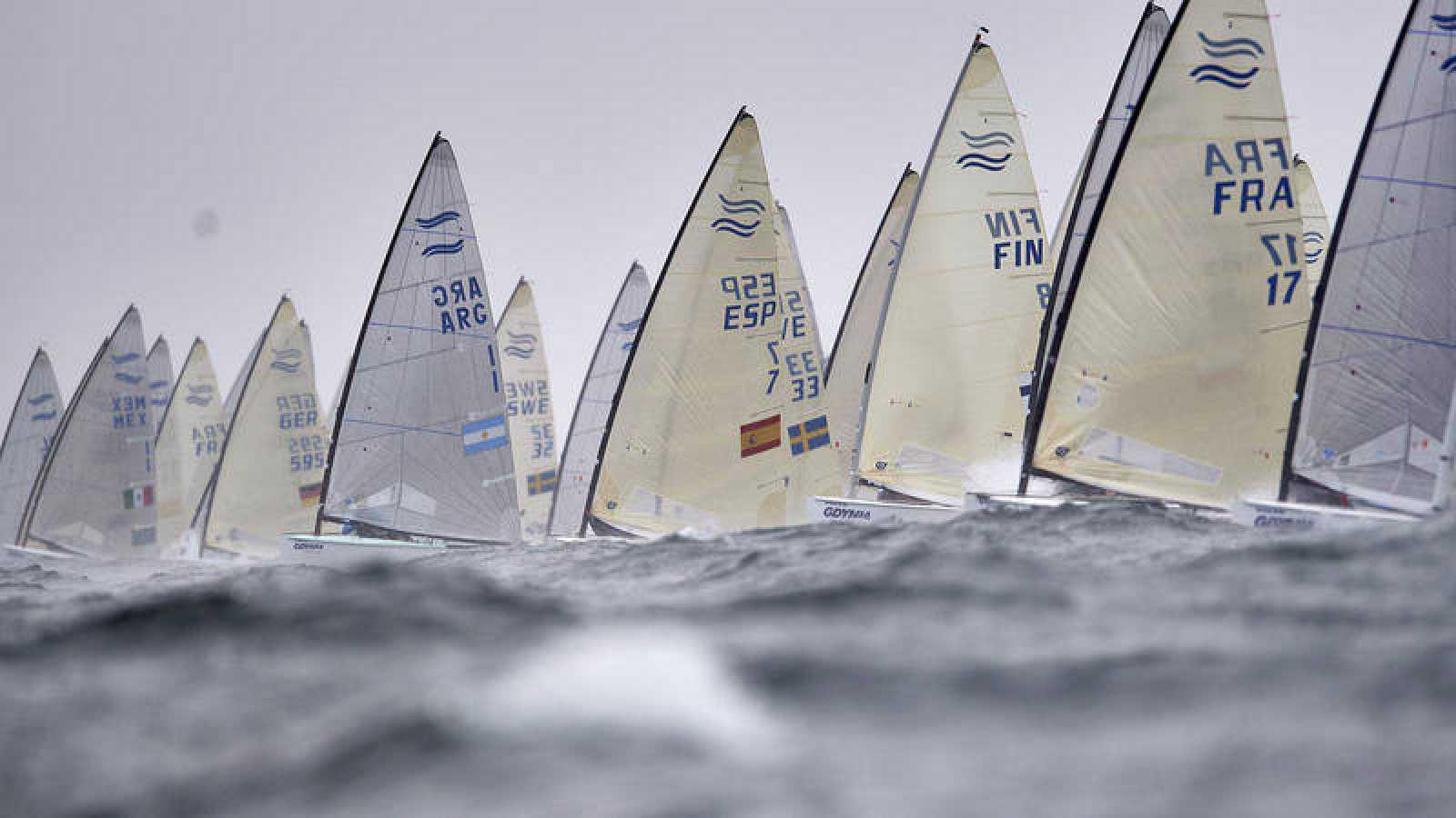 Imagen del Campeonato de Europa de vela en clase Finn.