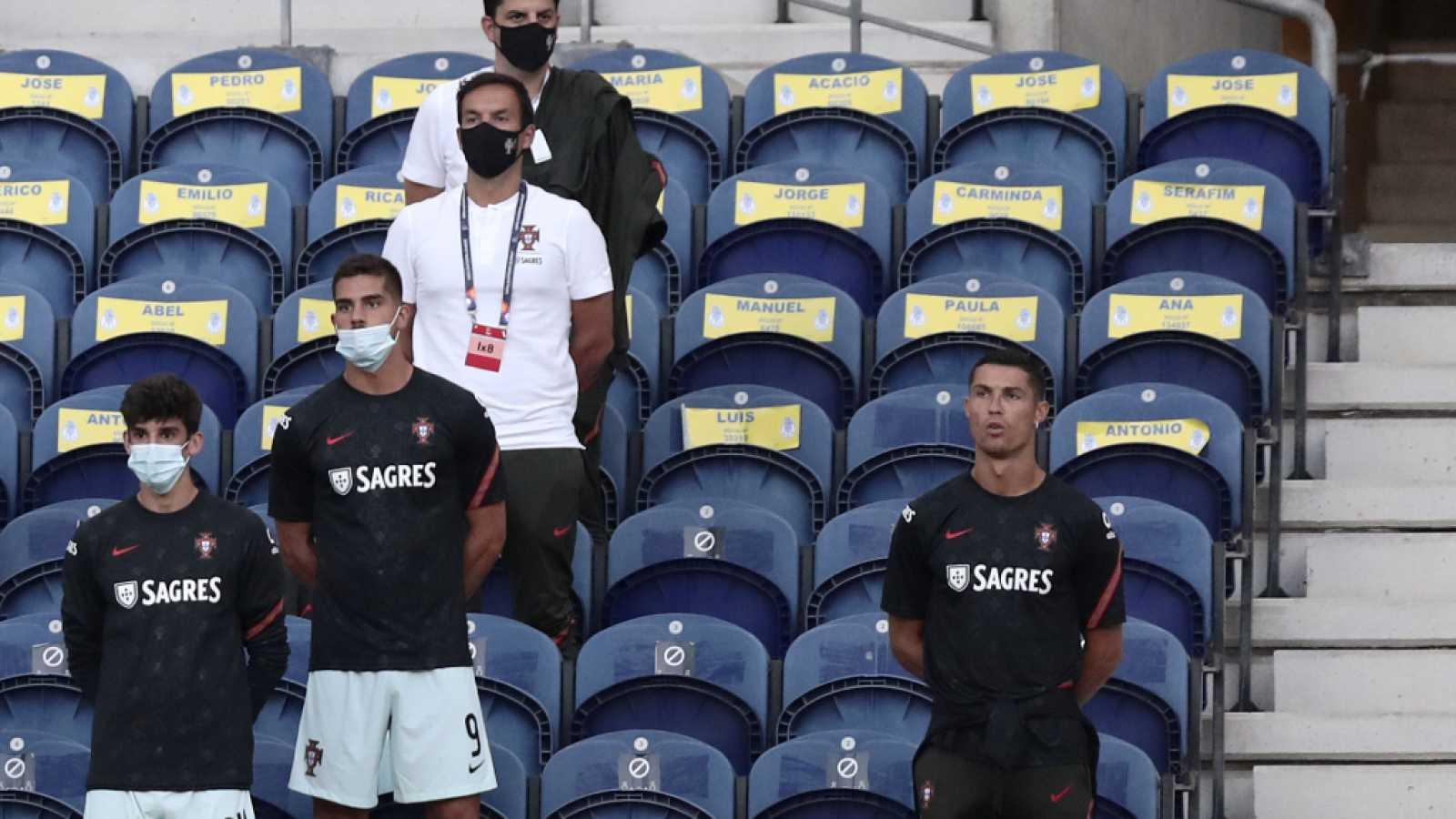 Cristiano Ronaldo y su viral reacción al ser advertido por no llevar mascarilla